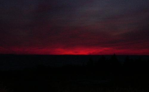 red sky before dawn
